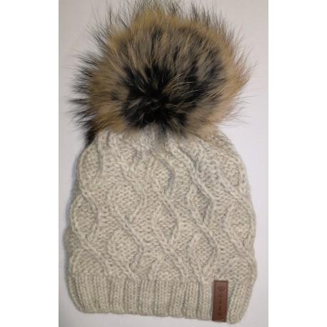 Zimní pletená vlněná čepice světle hnědá