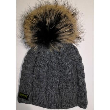 Zimní pletená vlněná čepice šedá