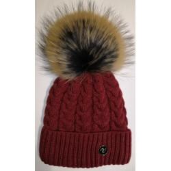 Zimní pletená vlněná čepice tmavě-červená