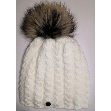 Zimní pletená vlněná čepice bílá