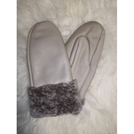 Luxusné dámske kožené prstové rukavice s jahňacie kožušinou a lemom 1
