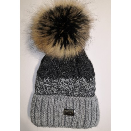 Zimní pletená vlněná čepice šedo-černá