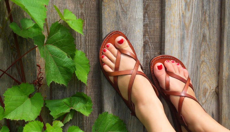 Handmade leather camel leather sandals