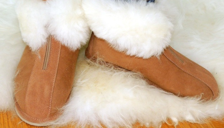 Men's and women's luxury slippers